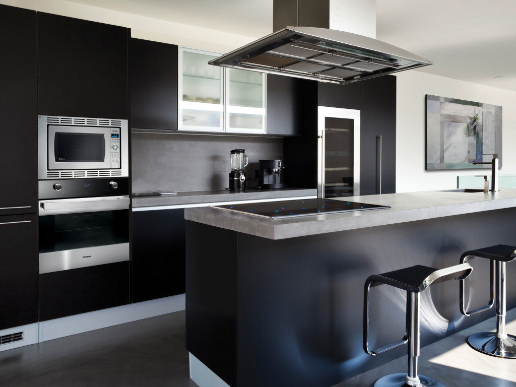 кухня в черном цвете
